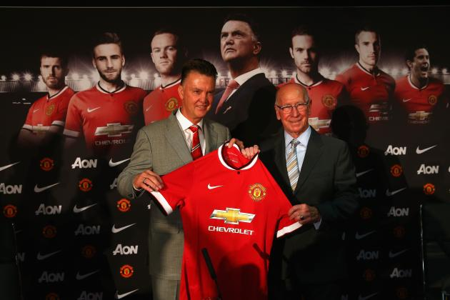 Manchester United Honour Costly Kit Gaffe as New Shirts Get Sold for Cheap