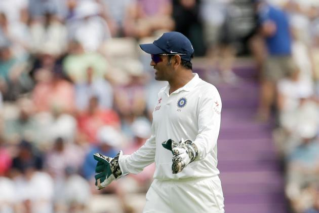 MS Dhoni's Defensive Selections and Tactics Already Look Like India's Big Gamble