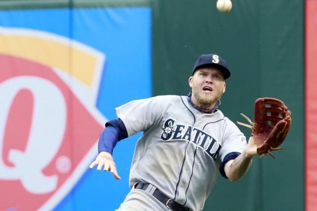 Video: Corey Hart's Sprawling Catch at Wall