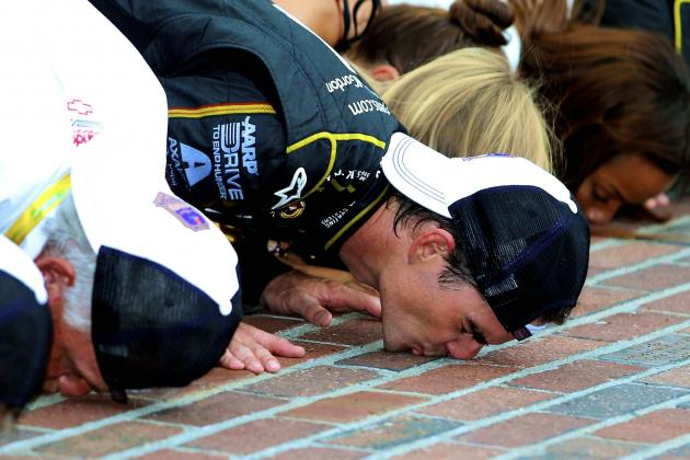 Jeff Gordon in NASCAR Pantheon After Turn-Back-the-Clock Win in Brickyard 400