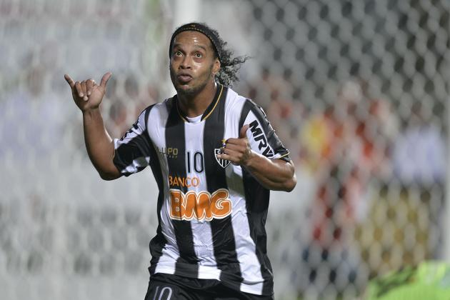 Ronaldinho Leaves Atletico Miniero and Promises to Name New Club