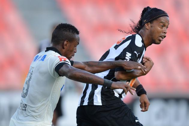 Ronaldinho se despede da Massa alvinegra