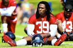 Falcons' RB Steven Jackson Injures Hamstring