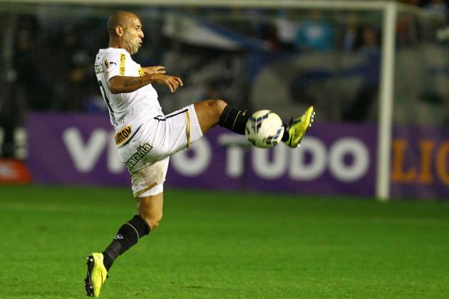 Edílson e Sheik não podem jogar contra o Flamengo