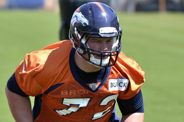 Broncos Sign Larsen, Pericak