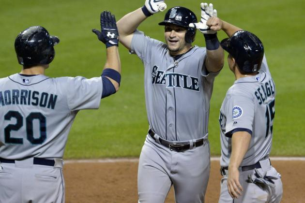 Zunino's Homer Lifts Mariners Past Indians, 6-5