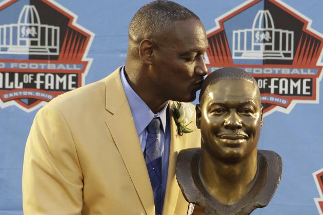 Bucs' Derrick Brooks Joins Pro Football Hall of Fame