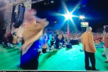 Andre Reed Catches Pass from Jim Kelly Following Hall of Fame Induction Speech