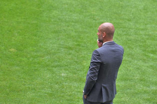 Assessing the Strengths and Weaknesses of Pep Guardiola's 3-4-3 System at Bayern