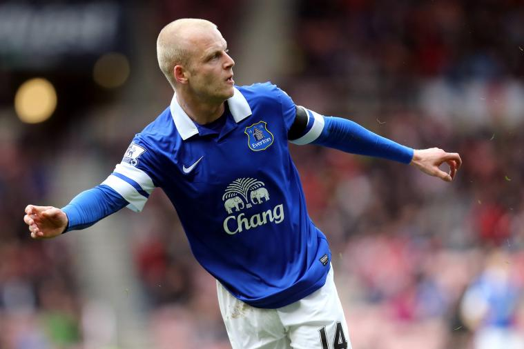 Steven Naismith Buys Everton Tickets to Distribute to Less-Fortunate Fans
