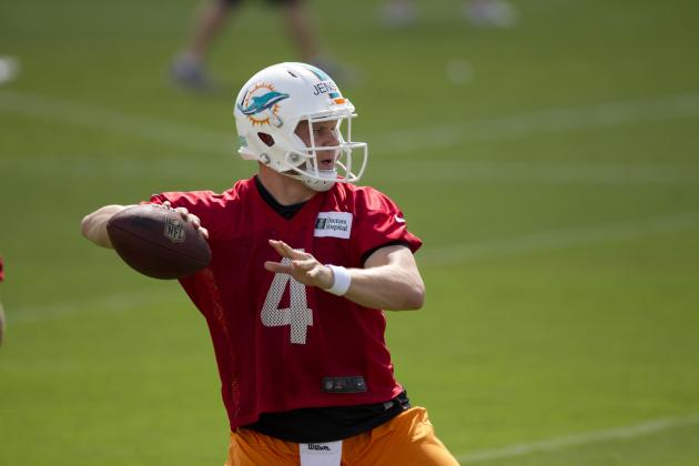 Miami Dolphins Re-Sign Quarterback Brock Jensen