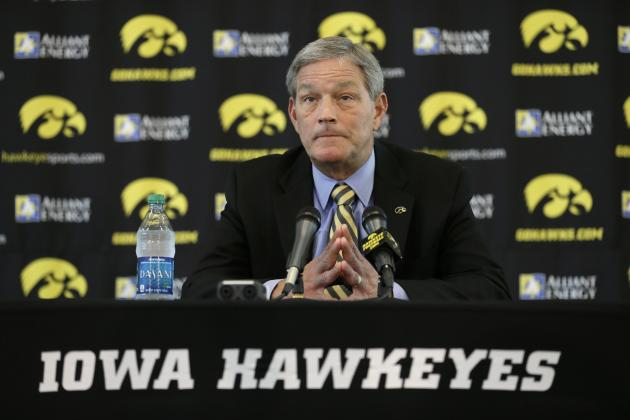 Iowa Creates Personnel Division Within Staff