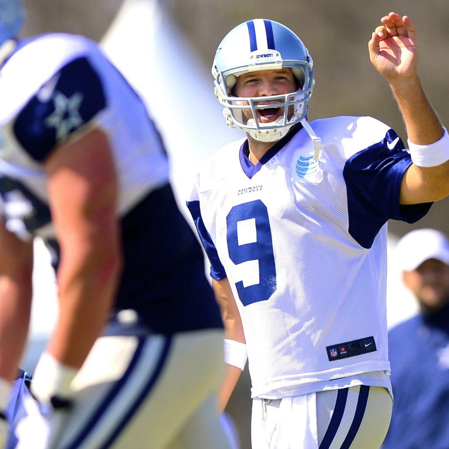San Diego Chargers Home Schedule 2014: Tony Romo Out For Dallas Cowboys' Preseason Opener Vs. San
