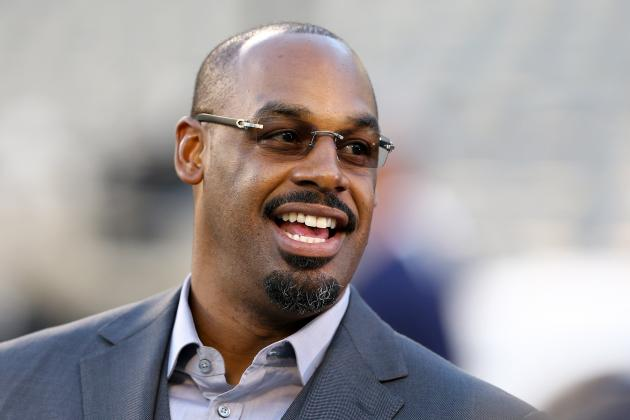 Donovan McNabb to Call NFL Games for Fox During 2014 Season