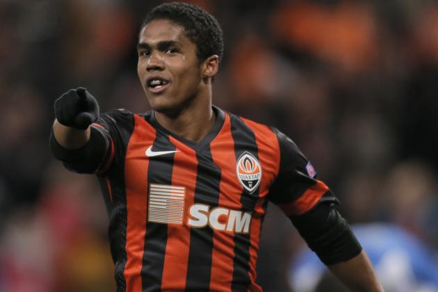 Arsenal Transfer News: Douglas Costa Rumour Sparked by Juan Quintero Failure