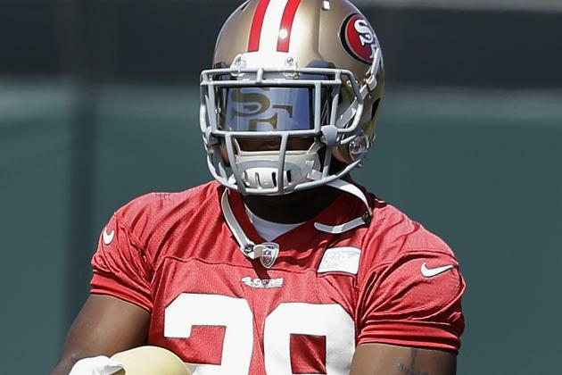 Rookie Carlos Hyde Gets Start at RB for 49ers
