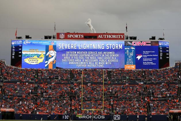 Seahawks-Broncos Resumes After 45-Minute Lightningdelay