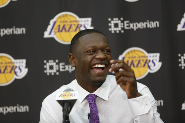 How Can the Los Angeles Lakers Best Use Their Frontcourt Depth in 2014?