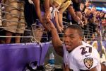 Ray Rice Gets Standing Ovation in Preseason Debut