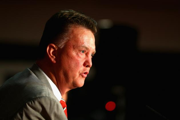 Manchester Utd vs. Valencia: How Reds Will Line Up in Van Gaal's First Home Game