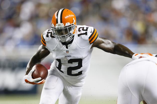 Josh Gordon Injury: Updates on Browns WR's Abdomen and Return