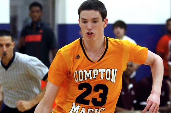 2016 5-Star PF T.J. Leaf Names His Top 10