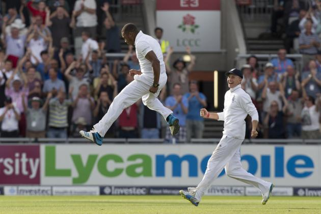 Chris Jordan and Chris Woakes Justify Places as England Lay India to Waste