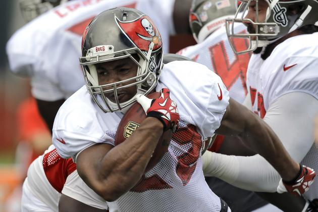 Doug Martin Remains a Risky Fantasy Draft Pick After Charles Sims Injury