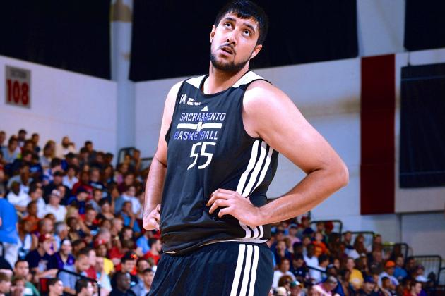 Sim Bhullar to Kings: Latest Contract Details, Reaction and More