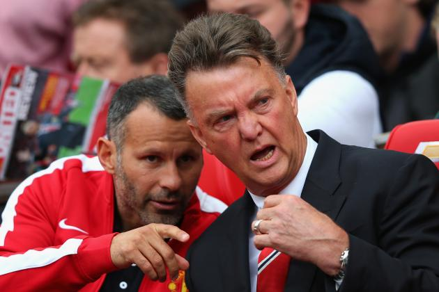 Louis Van Gaal Wise Not to Overreact After Manchester United's Defeat to Swansea