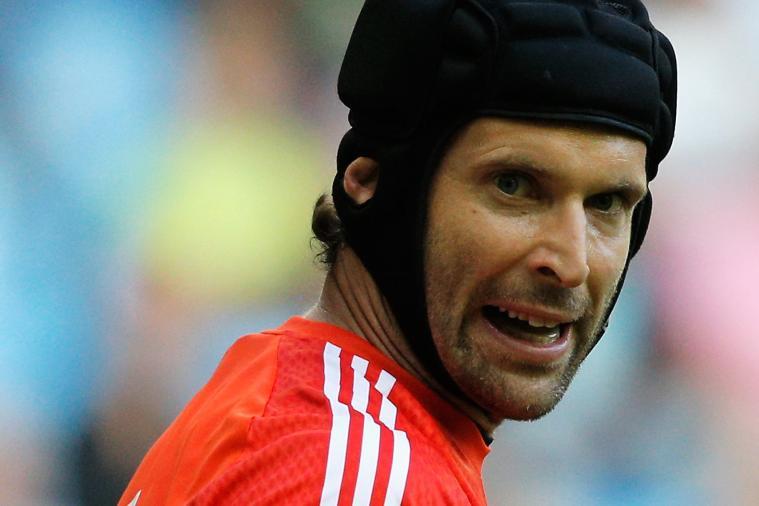 Petr Cech Replies to Tweet Trolling Lionel Messi and Steven Gerrard