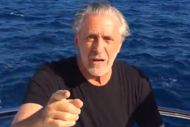 Pat Riley on a Boat Accepts Ice Bucket Challenge from Micky Arison