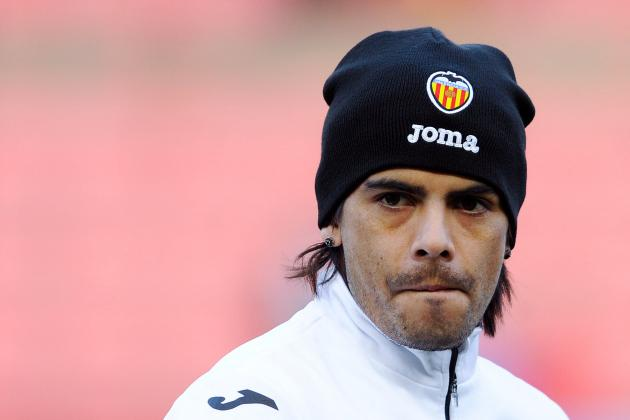 Can Sevilla Signing Ever Banega Save His Career?