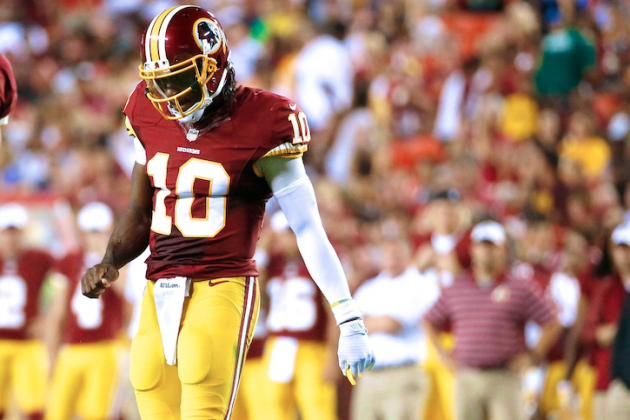 Bad Habits Still Hurting RGIII as Redskins Struggle to Excel in New Offense