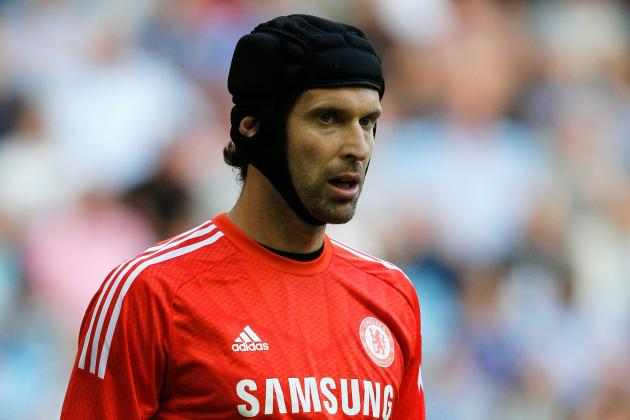 Chelsea Should Let Petr Cech Leave After Losing No.1 Spot to Thibaut Courtois