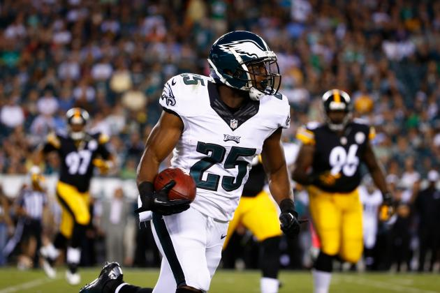 LeSean McCoy's Instant Fantasy Reaction After Spraining Thumb vs. Steelers