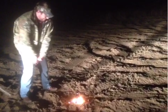 Modern-Day Einstein Smashes Flaming Golf Ball, Sets Pants on Fire