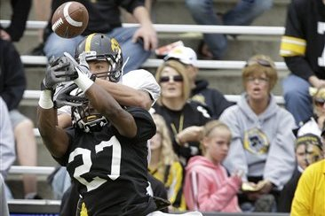 Hawkeyes' Lomax Comes Back Stronger After Demotion