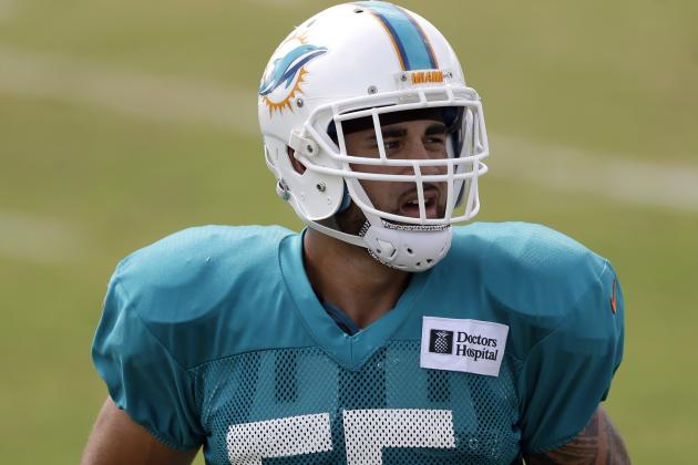 Dolphins Inside Linebacker Koa Misi Sidelined by Shoulder Injury