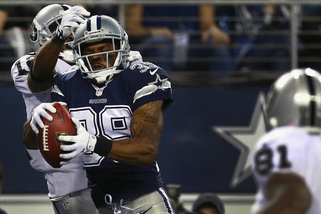 Brandon Carr Makes Emotional Return