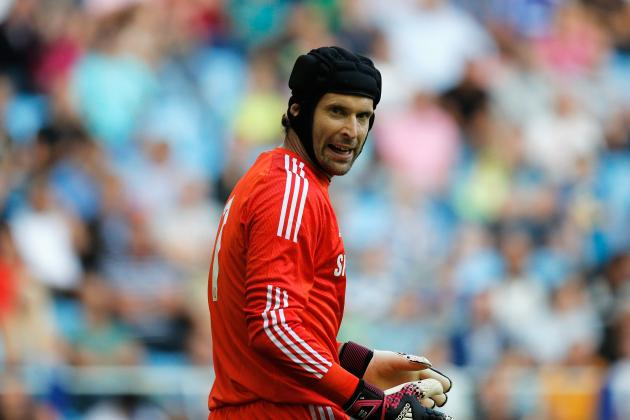Chelsea Should Not Sell Veteran Goalkeeper Petr Cech