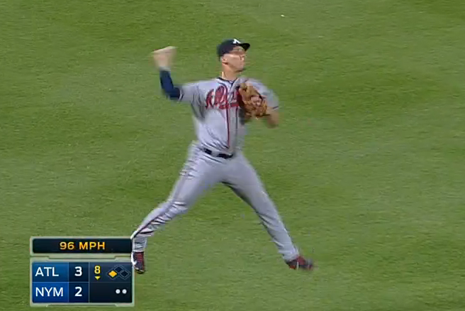 Andrelton Simmons Saves a Run with an Incredible Jump Throw to First