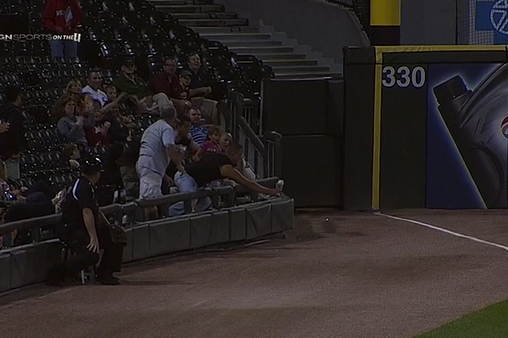 White Sox Fan Uses Cup to Haul in Bouncing Foul Ball, Drinks out of Cup