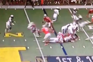 Ohio State's Darron Lee Destroys Navy QB Keenan Re…