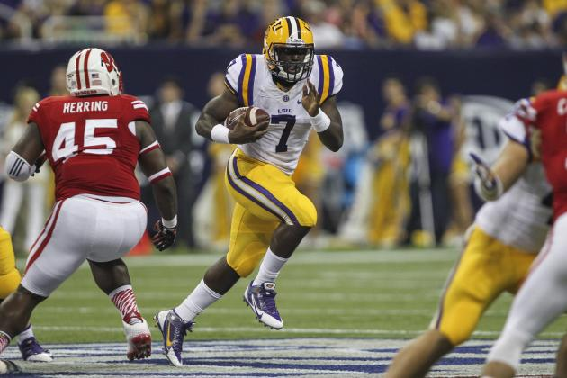 Leonard Fournette Debuts for LSU: Final Stat Line, Analysis and Twitter Reaction