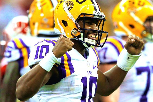 Anthony Jennings Shows He Is Capable Leader for LSU with Gutsy Second Half