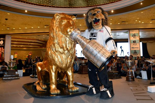 Dave Lozo's Bag Skate: All the Reasons Why Hockey in Las Vegas Is a Good Idea