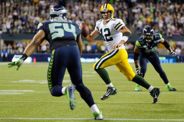 Quarterbacks Creating off Broken Plays Key for Both Packers, Seahawks in Opener