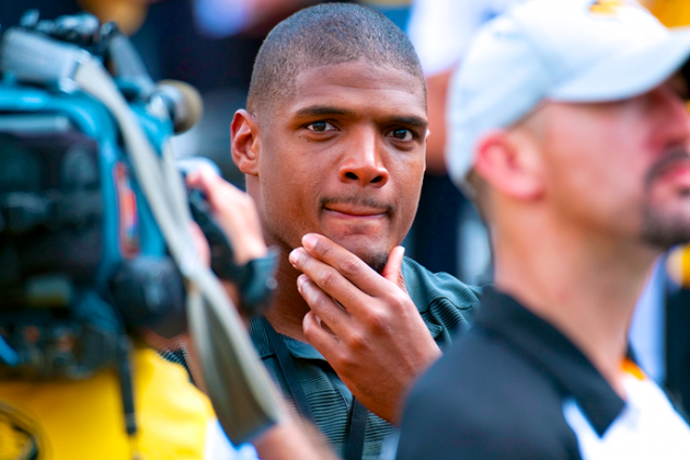 On and Off the Field, Michael Sam Is a Perfect Fit for the Cowboys