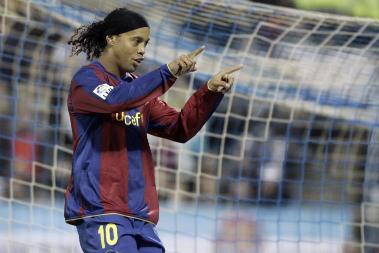 6th-Tiered Basingstoke Town Ambitiously Offer Ronaldinho a Contract